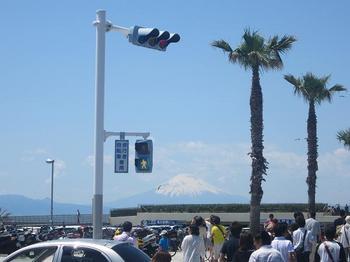 江ノ島駅に向かう途中に見えた富士山.JPG