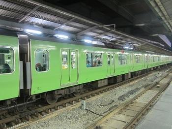 緑の山手線.JPG
