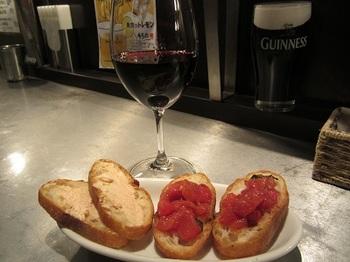 ワインとトースト.JPG